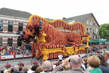 Những lễ hội đầy sắc màu chỉ có ở Hà Lan